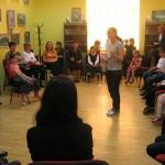 Primii pasi spre Europa -promovarea copiilor creatori-Alexandru Serban si copiii cercului de pictura din Vulturesti