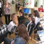 Suntem cetateni europeni!-ora de informare, participa elevi ai Scolii nr. 15 din Pitesti - 8 aprilie 2009